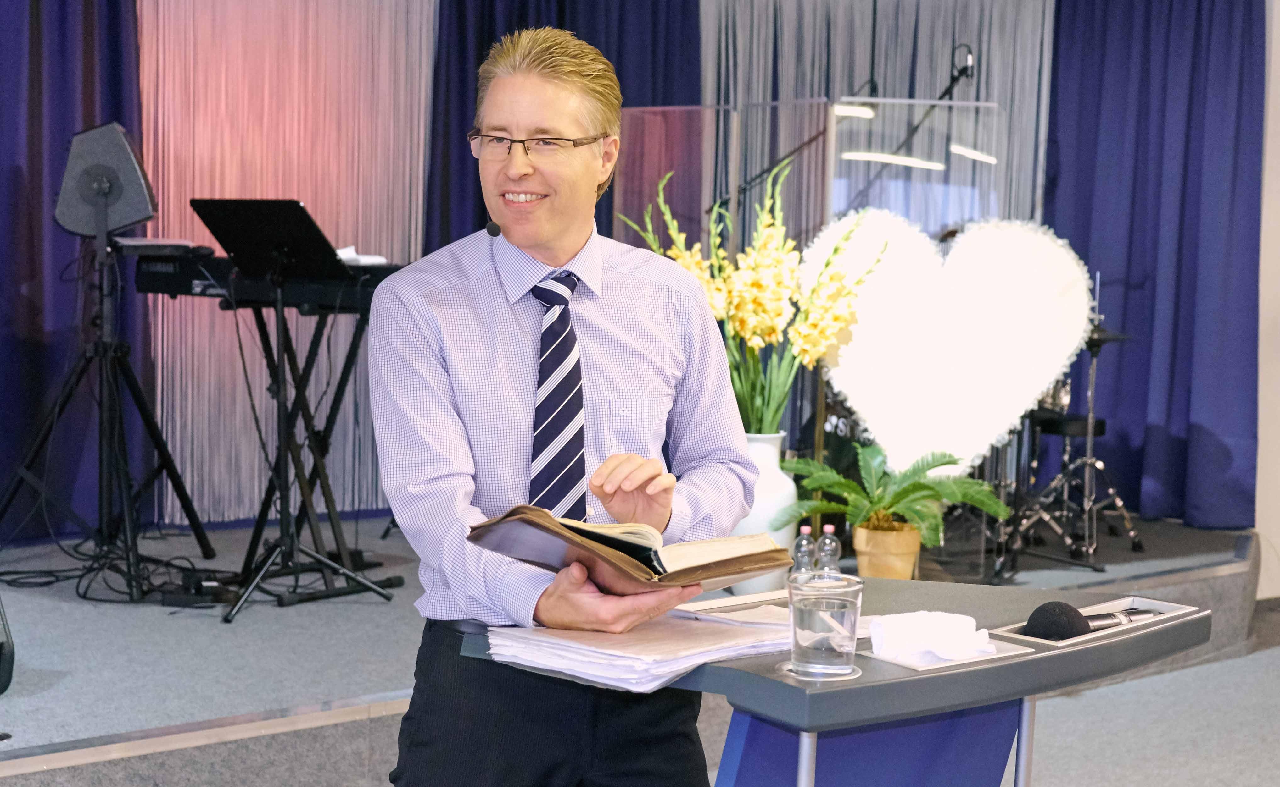 Pastor Georg